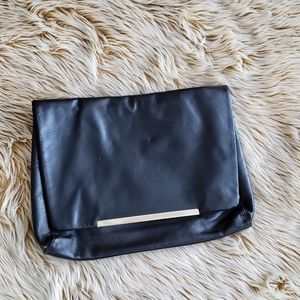 FOREVER 21 /Faux Leather Clutch Bag